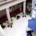 Patio central con terraza en el hotel boutique en San Telmo